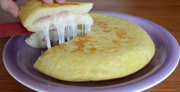 """Deze aardappeltortilla met ham en kaas is """"belachelijk"""" lekker! Super simpel en snel gemaakt! - Zelfmaak ideetjes"""