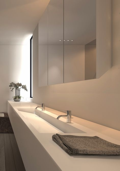 Clean and linear lines, bathroom by Interior architect Filip Deslee . Interior Design Inspiration . Bagno . Lavandino . Specchio . Moderno .