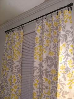 Simple Home Stuff: Tablecloth Curtains