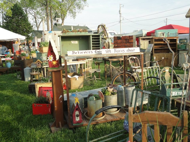 Repurpose fleamarket great ideas repurpose pinterest for Furniture yard sale