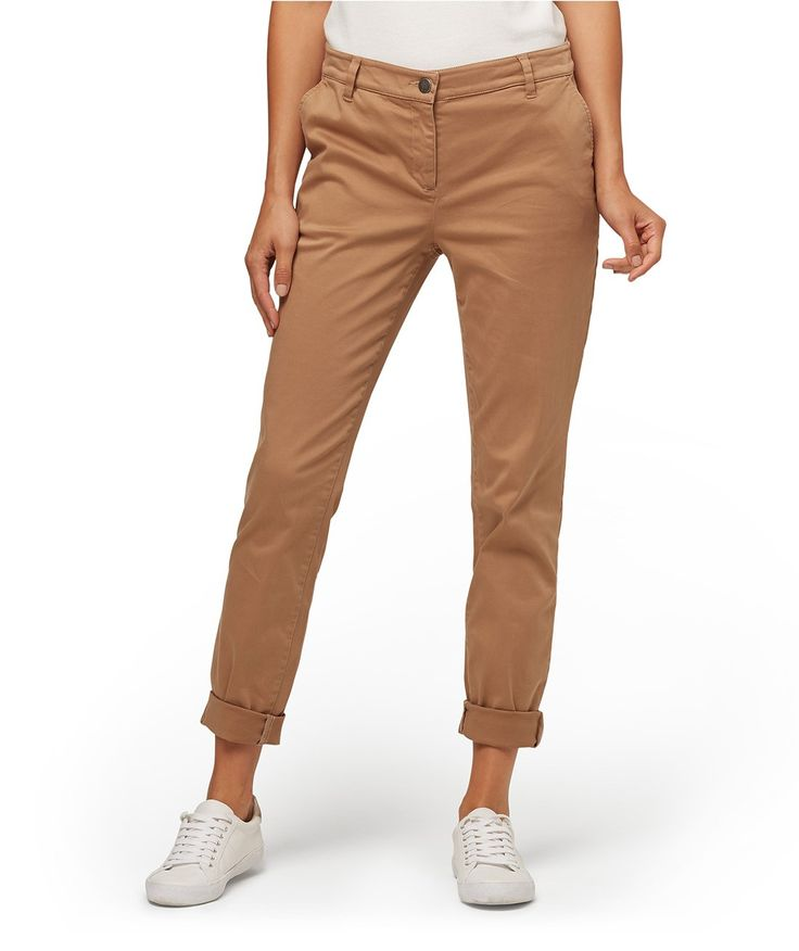 The Everyday Chino is the ultimate in casual cool. These cotton elastane casual pants features zip & button front closure, side pockets and rolled cuffs.