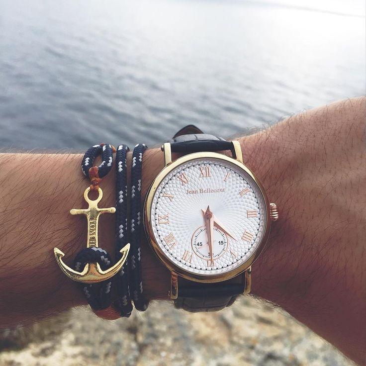 Golden details ⚓️ Visit www.thetomhope.com to find your favorite #tomhope bracelet.