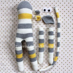 sew sock monkey step by step