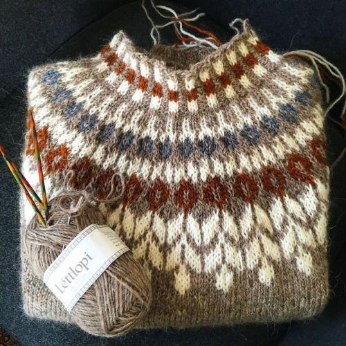 herminehesse:  Icelandic Sweaters (my favies to make)