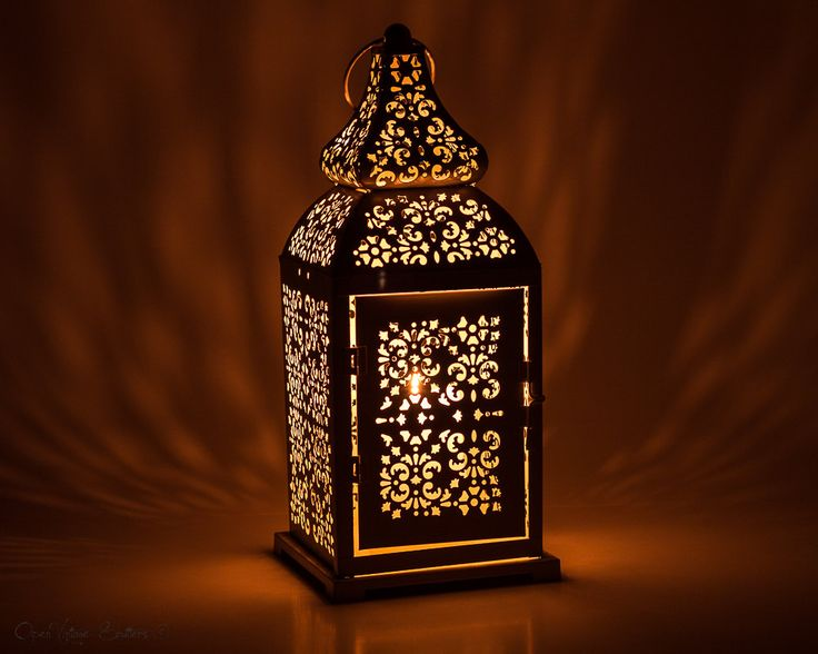 Moroccan Floor lamp-Table lantern-Bedside lamp- Bedside Decor-Desk Decor-Home Decor-French Creamy White Gold Lantern Centerpiece