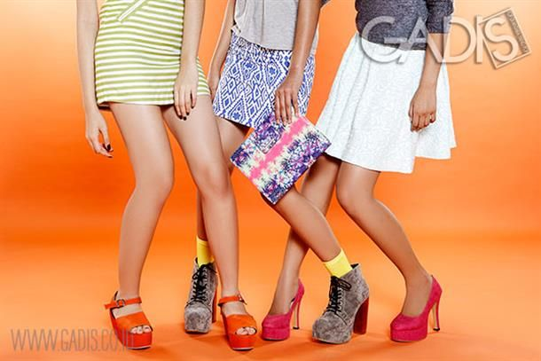 Looking good this weekend with bright and bold accessories!