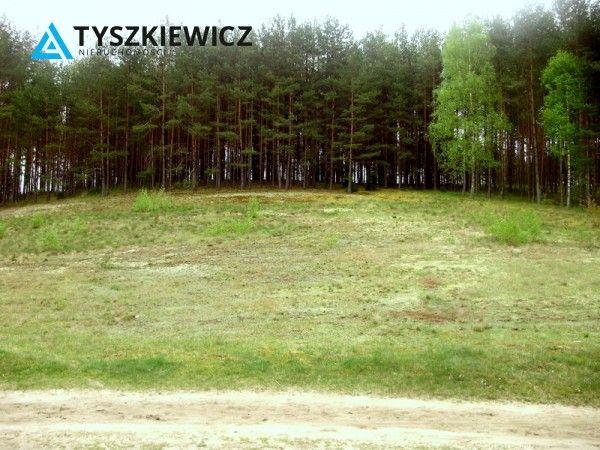 Atrakcyjna działka w miejscowości Wdzydze, o powierzchni 3000 m2. Nieruchomość o nieregularnym kształcie, usytuowana w sąsiedztwie lasu oraz niewielkiego jeziora. W niedalekiej odległości również większy zbiornik wodny. Idealna propozycja dla osób szukających ciszy i spokoju z dala od zgiełku miasta. #działka #wdzydze #jezioro #las #relax CHCESZ WIEDZIEĆ WIĘCEJ? KLIKNIJ W ZDJĘCIE!