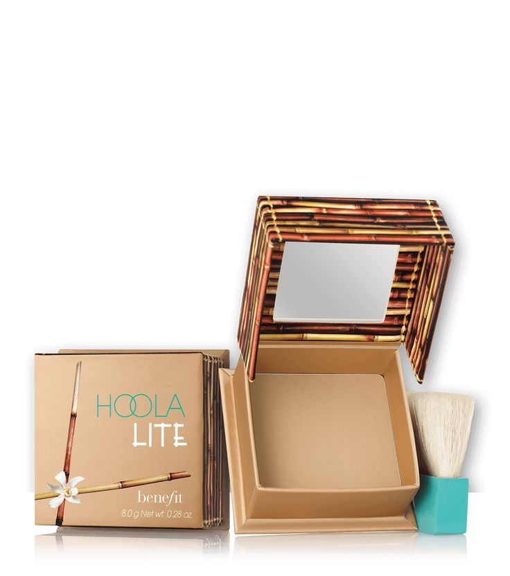 hoola lite soft-matte powder bronzer for fair skin tones gives you a natural tan.
