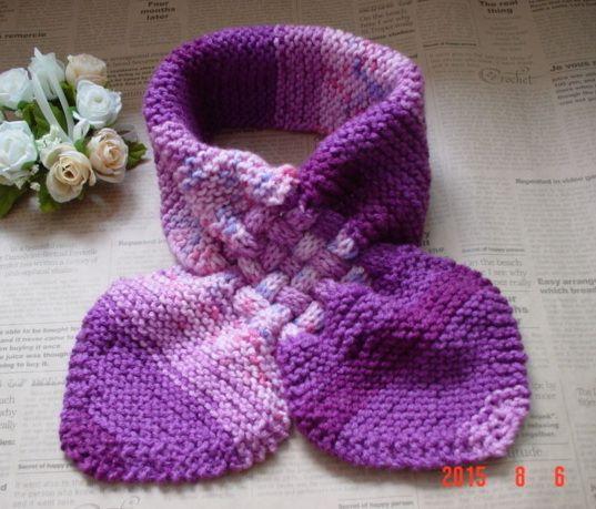 ハンドメイドマーケット minne(ミンネ)| ☆彡purple系のガーター編み&交差編みのCowl(段染めとぼかし)
