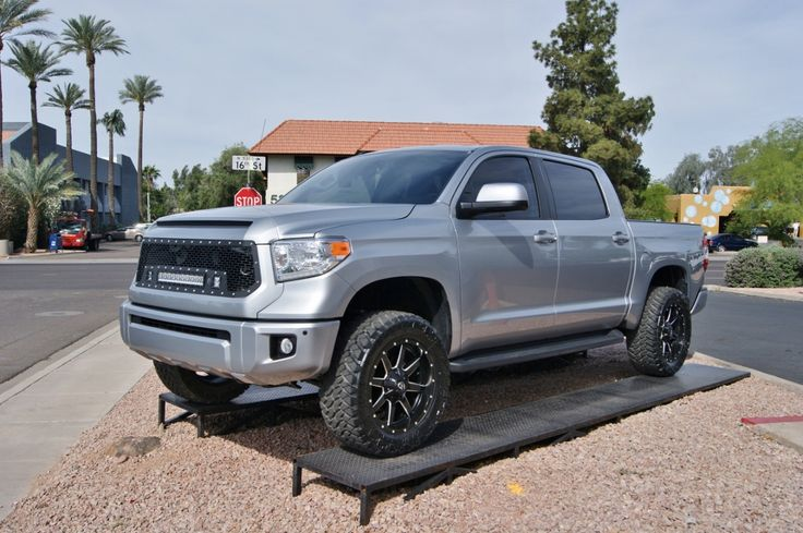"""2014 Toyota Tundra Crew Max Silver 