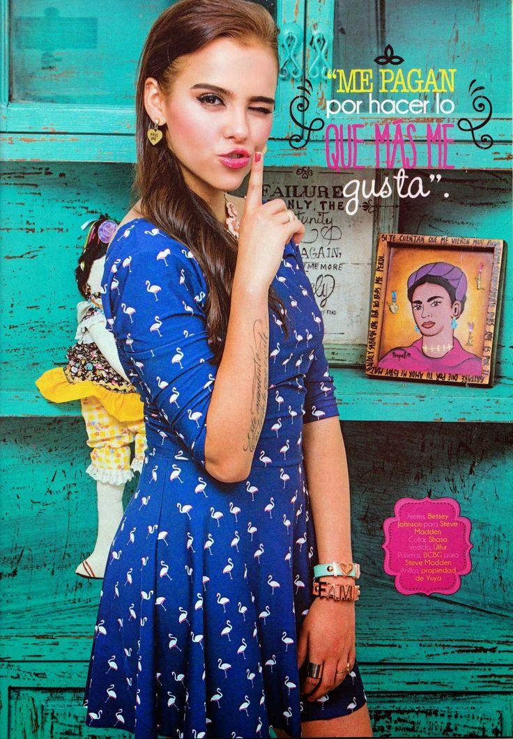 Revista Tu + Yuya + Hermoso vestido y accesorios