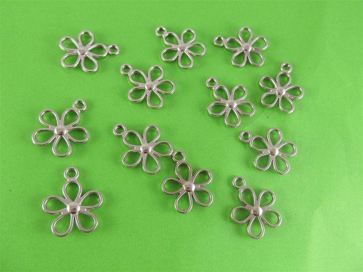Metal flowers 26mm (12 pcs)