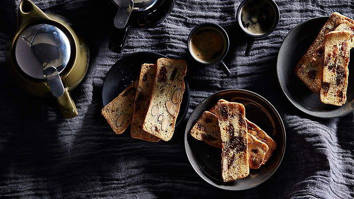 Another day, another #biscotti. This time, we're snacking on O Tama Carey's #fennel seed, #almond and dried #fig. Enjoy with your afternoon cuppa or serve as a post-dinner bite. Check out The Seasonal Cook's column for tips and recipes.