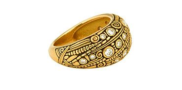Alex Sepkus rings are outstanding. I hope this image is big enough for you to see!