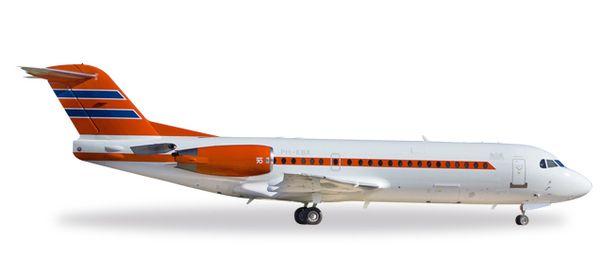 Fokker 70 (Netherlands Government) PH-KBX  557948