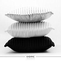 COLORS 50/ BLACK, SILVER, WHITE, dodatki - poduszki, poszewki