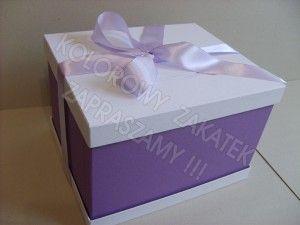 Fioletowe pudełko na koperty, telegramy.