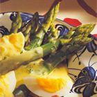 Groene asperges met ei-curry