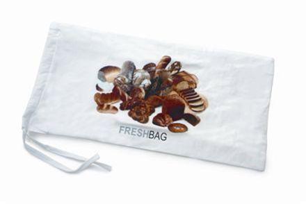 Freshbag Långa bröd  I Dalla Piazzas brödpåse med perforerad plast på insidan får brödet en tunn tunn skorpa och perfekt därunder. I en plastpåse blir brödet svampigt efter några dagar.   Tyg på utsidan och perforerad plast på insidan 50 x 25 cm Kan maskintvättas i ylletvätt Rek. butikspris: 149.00 SEK