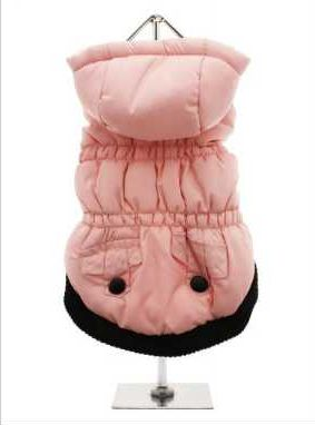 This hooded coat is perfect for those chillier days. Practical and fashionable in girly pink trimmed with a black elasticised ribbed hem for a nice neat fit with two black buttons on the outside faux pockets. The soft fleece lining will certainly keep your pup snug and warm.
