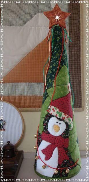 Studio da Berê: Patchwork sem agulha :: no isopor :: cone de Natal...