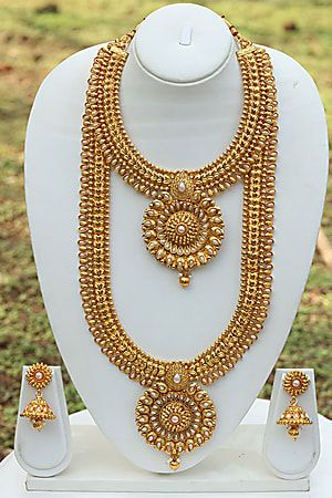 a9f7763819 Craftsvilla Round Pedant Latest White Necklace Set | Jewellery in ...
