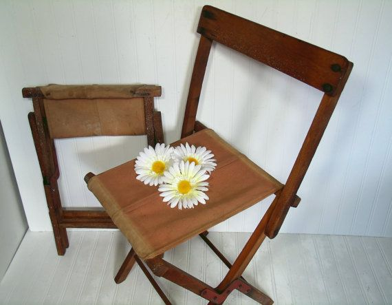 Vintage Khaki Canvas Fabric Amp Wood Convertible Camp Chairs