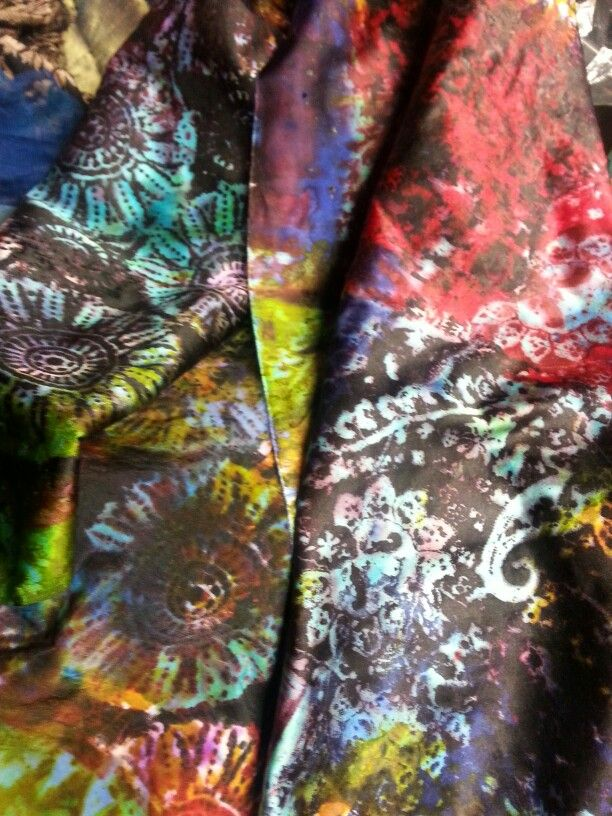 Screenprinting on silk satin.by Beata Jarmolowska.  Spring 2014