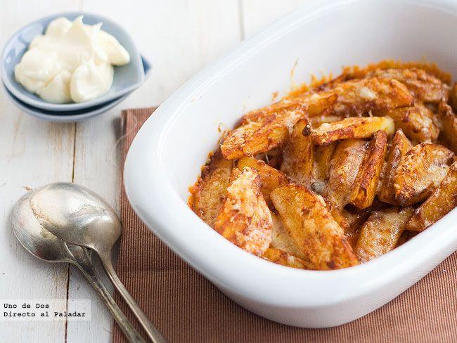 Patatas asadas al pimentón con alioli