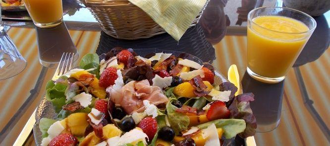 Super Lekkere Zomerse Lunchsalade; Ook Lekker Voorgerecht. recept | Smulweb.nl