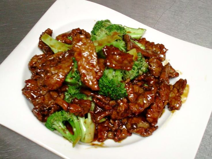 beef + soy sauce + brown sugar + garlic + broccoli + crock pot = beef & broccoli