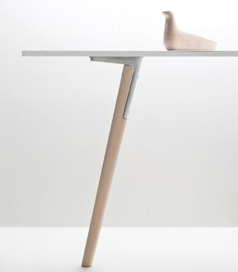 Pilo table by Ronan and Erwan Bourelle for Magis