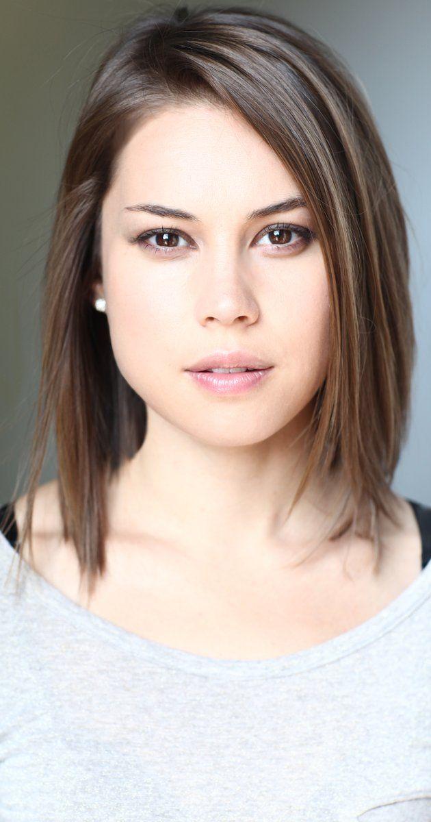 Rebecca Blumhagen | Front hair style, Front hair
