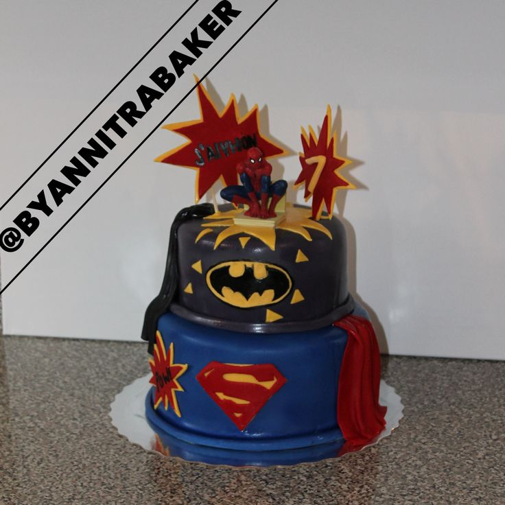 Spider man super hero custom cake