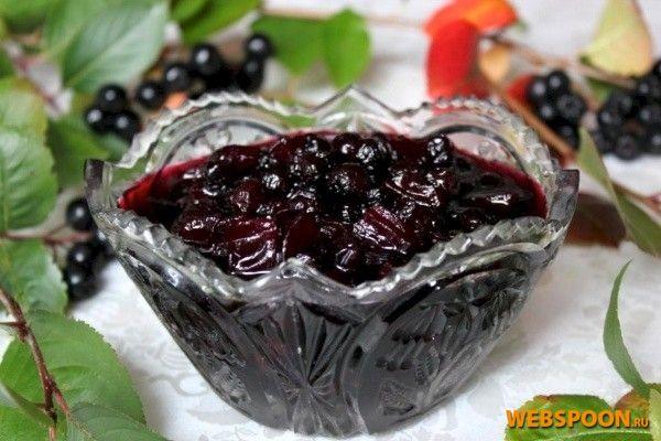 Фото Варенье из черноплодной рябины и кабачка