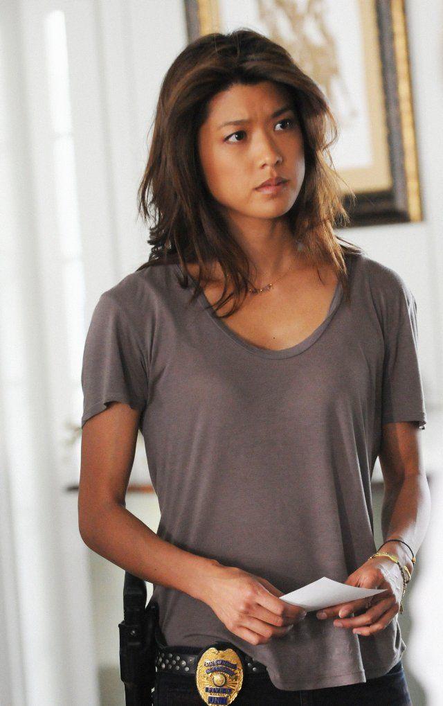 Grace Park (Boomer from BSG) as @Jennifer Tsai