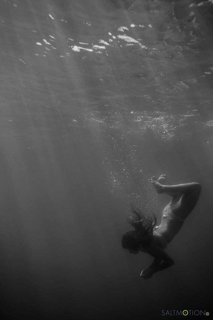 Photography by Joel Coleman, Saltmotion Gallery. Underwater photography, Manly, Sydney. #ocean photography