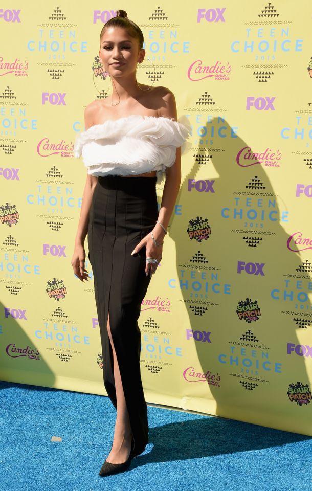 53a53042b0 Lucy Hale & Zendaya Win the Blue Carpet at the 2015 Teen Choice Awards |  Best Dressed | Teen choice awards 2017, Teen choice awards, Zendaya
