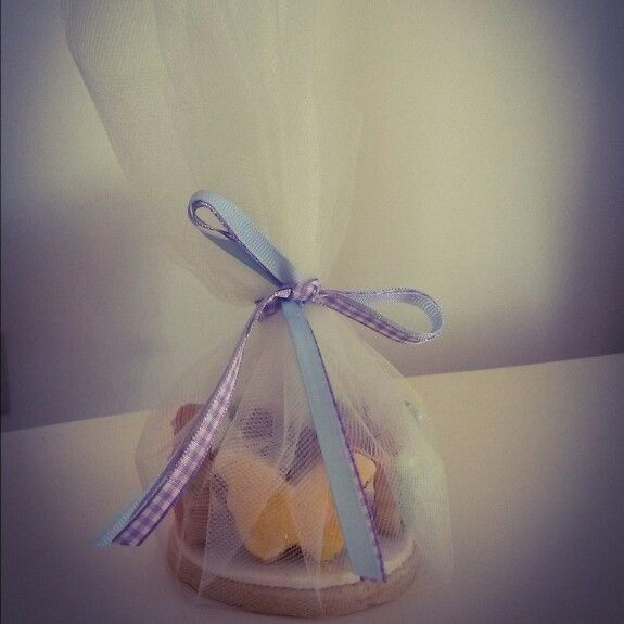 Butterfly cookies in a gift presentstion