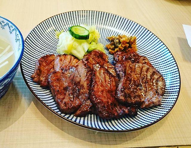 再び仙台。東山別館にて。Visiting Sendai again. #仙台 #牛タン #肉 #肉だけ #肉汁たっぷり #beef
