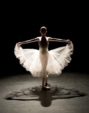 beautiful...: Ballerinas 3, Childhood Memories, Dance Pictures, Mark Andrew, Dance Girls, Dance Studios, Tiny Dancers, Digital Photography, Beautiful Pictures