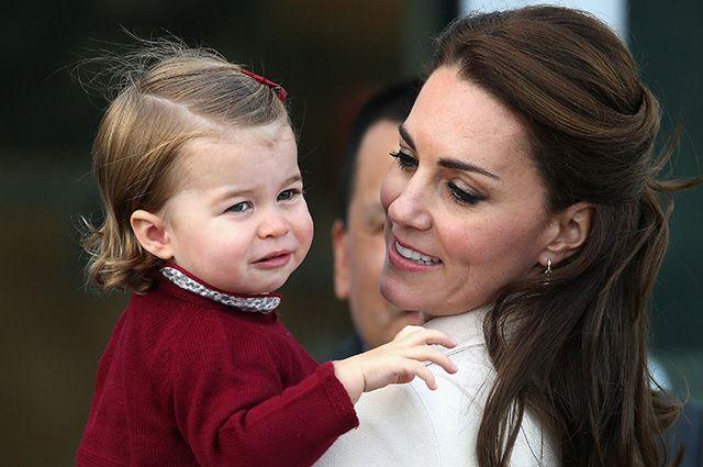 Последний день Кейт Миддлтон и принца Уильяма в Канаде: прогулка на яхте, посещение семейного центра и возвращение домой
