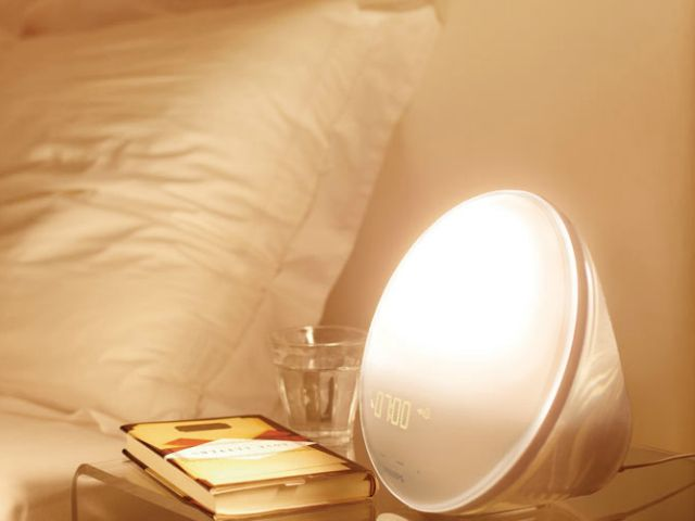 The Philips Wake-Up Light provides a pleasant, natural way to start your morning. Featuring a colored sunrise simulation and 20 brightness settings, the light gradually increases between 20 to 40 minutes prior to your alarm time.