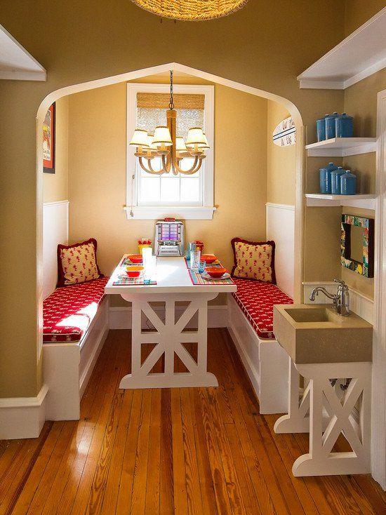 http://home-design-trends.com/wp-content/uploads/2013/09/Sink-Near-Breakfast-Nook.jpg