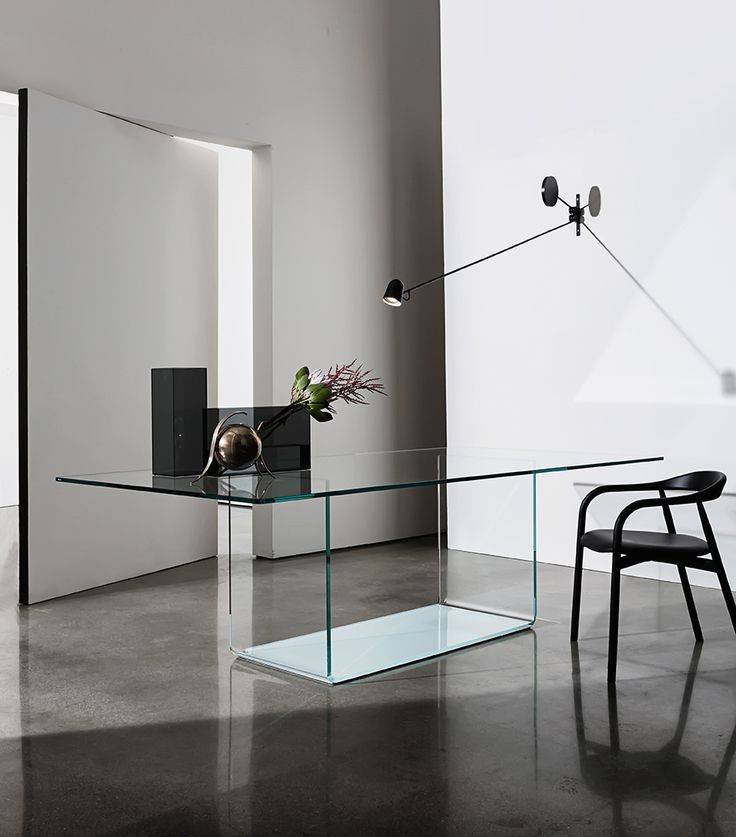 Live your space with the minimalism of Valencia glass table; it perfectly fits with Autumn chair. A balanced contrast of materials and shapes #interior #home #decor #sovet #sovetitalia #design #interiordesign #glass #furniture