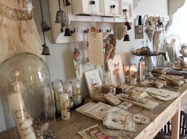 Jeanne d'Arc Living-showroom in Finland. Handgemaakte Kerstcollectie 2015.
