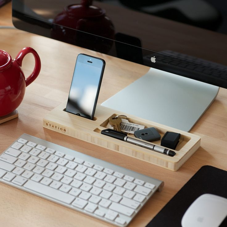 Station: a desktop organizer with everything you need