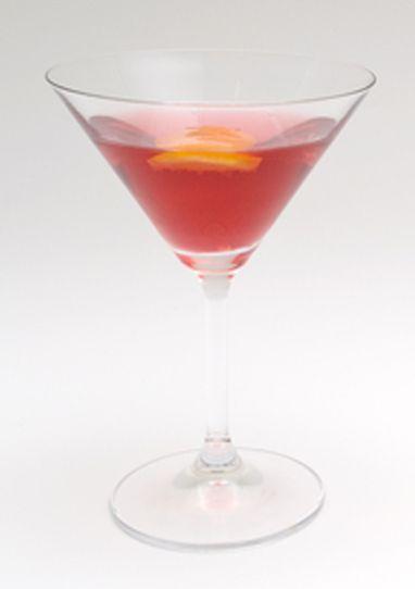 Cosmopolitan  Oppskrift Alle jenter begynte å drikke Cosmopolitan sammen med gjengen i Sex og singelliv. Vi fortsetter med det fordi tranebær er sunt for oss! 3 cl vodka 1 cl appelsinlikør Saften av ¼ lime 4 cl tranebærjuice Avkjøl et cocktailglass ved å fylle det med is. Shake alle ingredienser med is og sil drinken i det avkjølte cocktailglasset.           TWININGS BEST BREAKFAST –NORGES BESTE HOTELLFROKOSTER    Det ser ut til at det er fra Trondheim og nordover du bør sjekke inn hvis du…