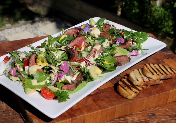 Beef salad with caramelised tomatoes, herbs & mustard cream