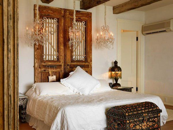The 25 best rustic romantic bedroom ideas on pinterest for Rustic romantic bedroom